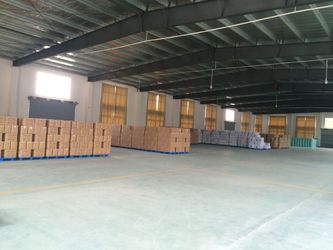 Porcellana Xiantao Lingyang Plastic Co., Ltd